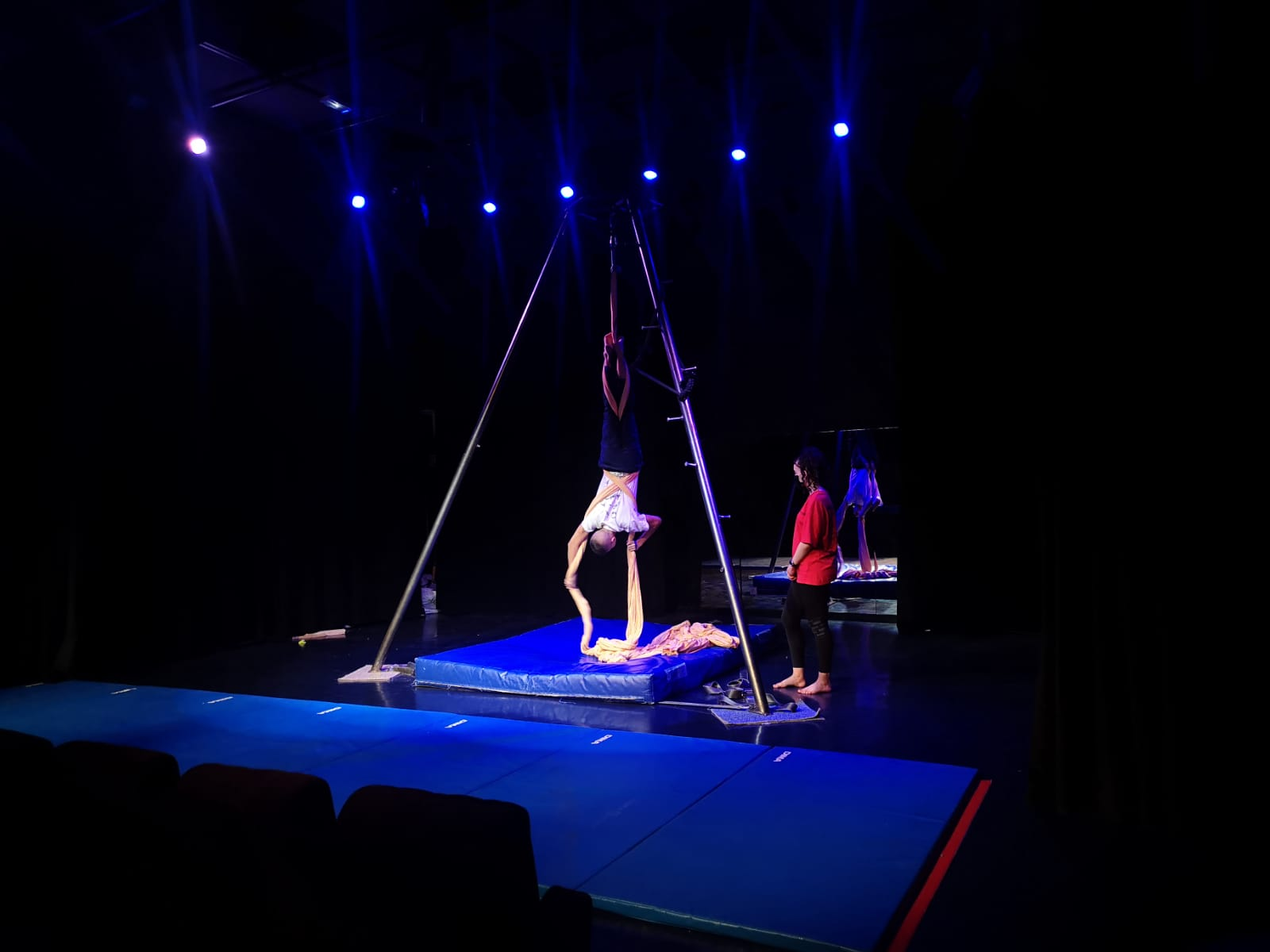 cirque aerien mjc saint priest
